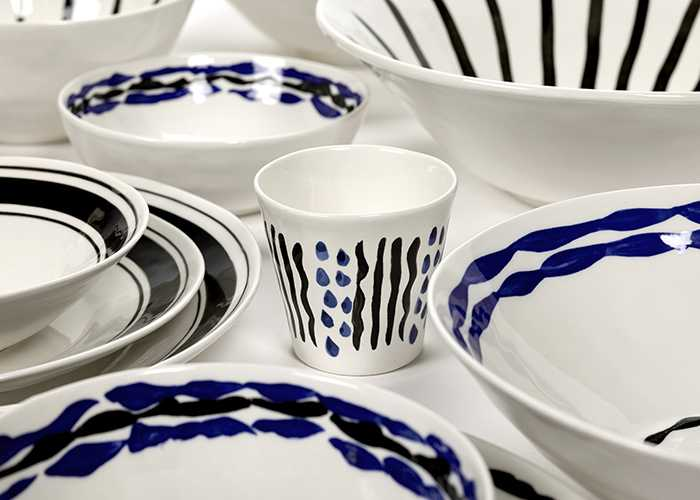 Blue is the new black tableware